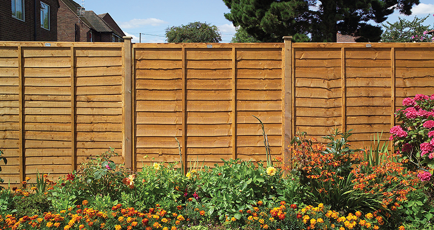 Fencing To Side Garden